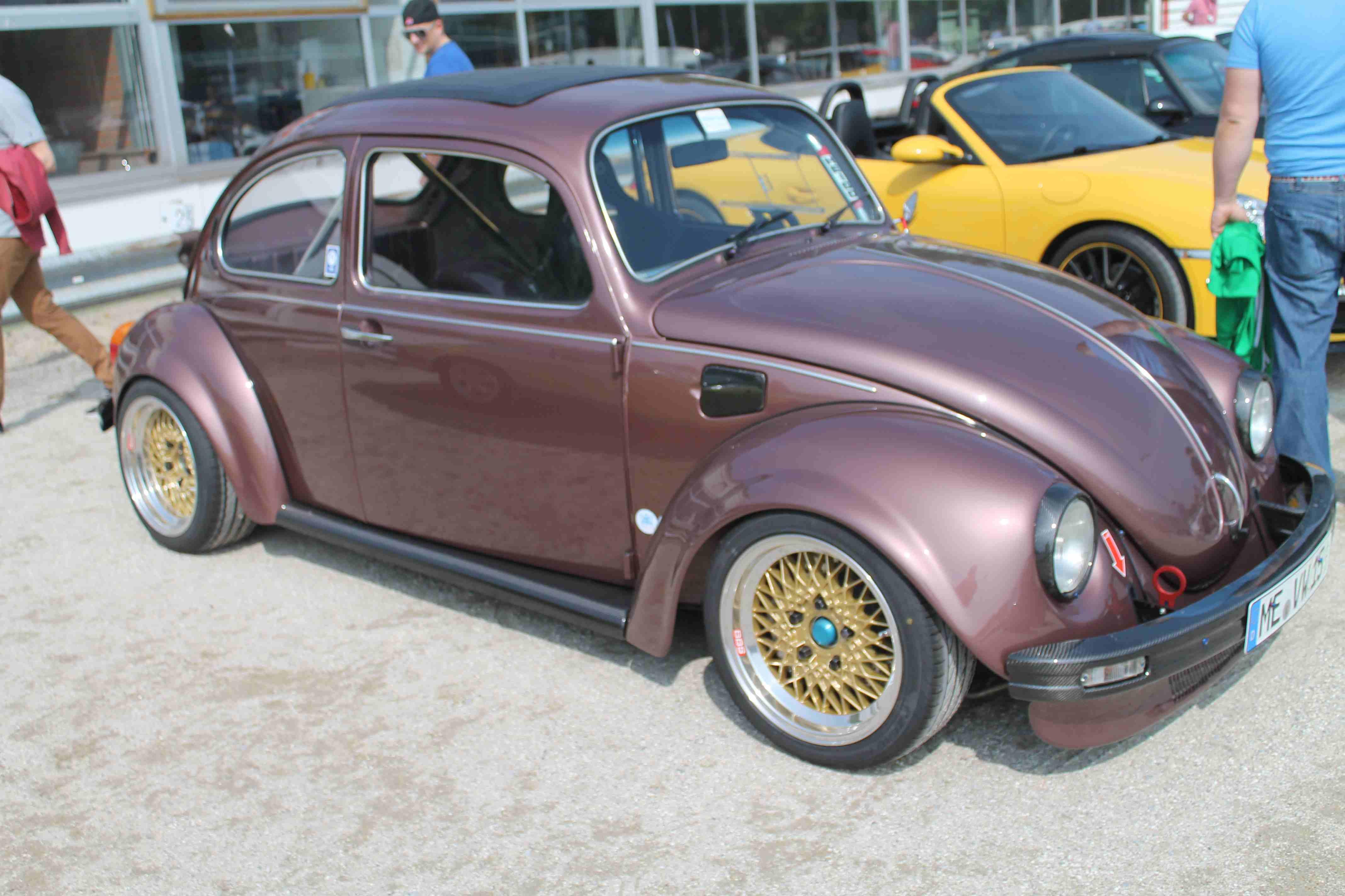 Ein Käfer auf dem Porschetreffen in Dinslaken