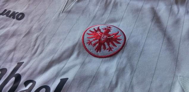 Eintracht Frankfurt Trikot