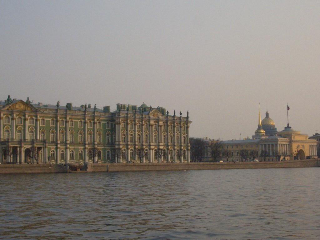 St. Petersburg Städtereise - vom Fluss aus