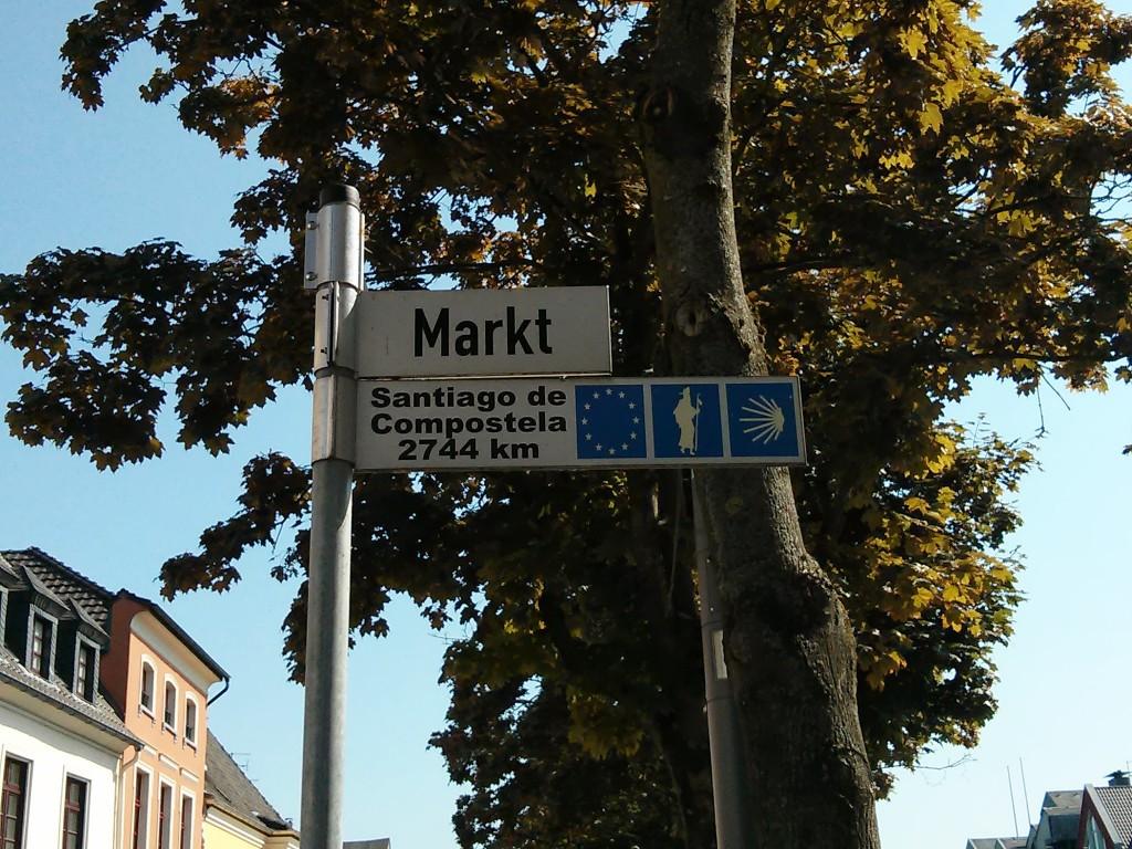 Xanten Ausflug: Xanten Marktplatz Santiago de Compostela
