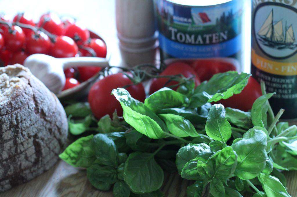 italienische Tomatensuppe - Zutaten
