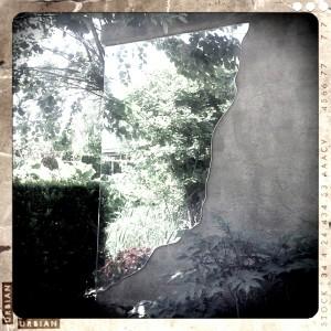 Gartenpark Appeltern Spiegel im Garten