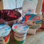 Sahne-Speisequark-Amerettini-Früchte Nachtisch